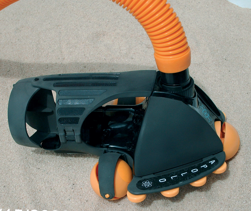 Apollo Pool Cleaner with 8m hose